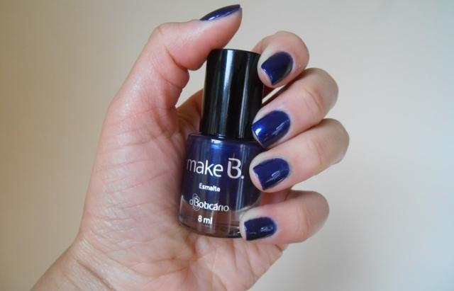 Esmalte azul make b